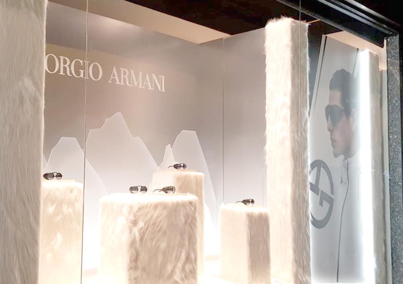 Galeries Lafayette Sunglass Hut Giorgio Armani vetrina Eurostands