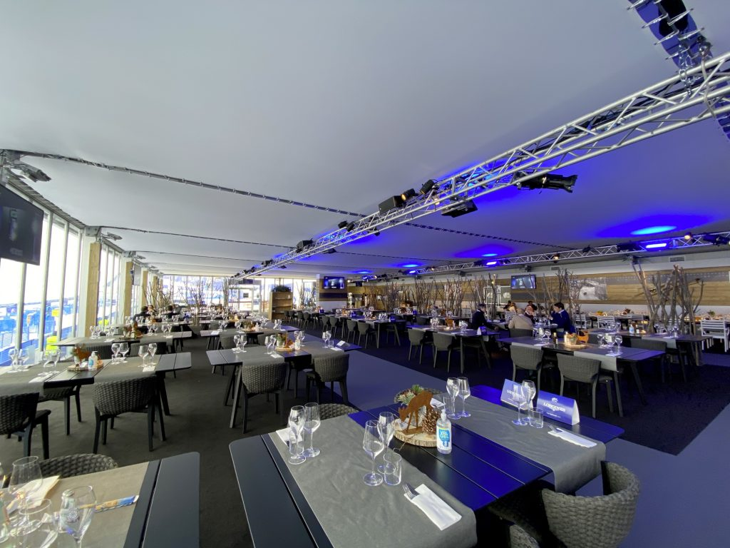 la tofana lounge installata da Eurostands in occasione dei mondiali di sci di cortina 2021
